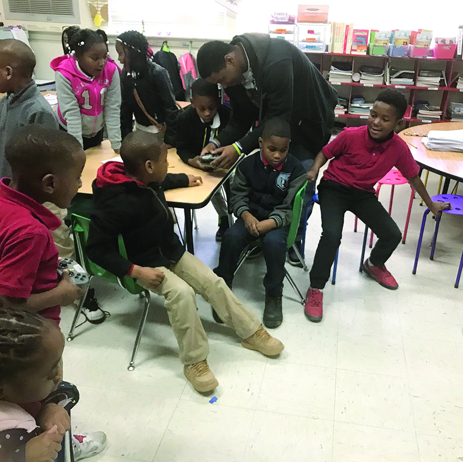 North Panola Engineering and Robotics Class Teaches Elementary Students